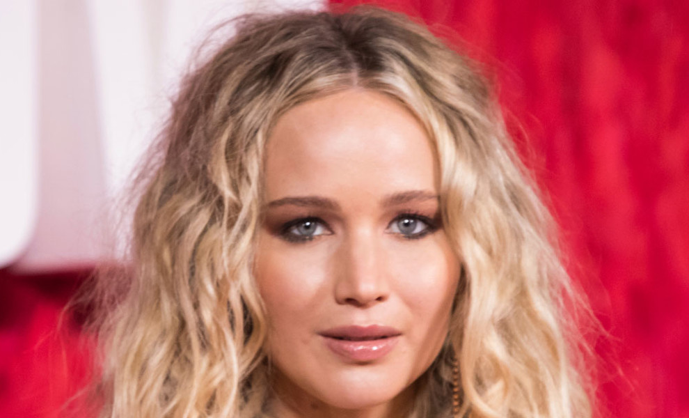 Jennifer Lawrence se viste de princesa gracias a este look