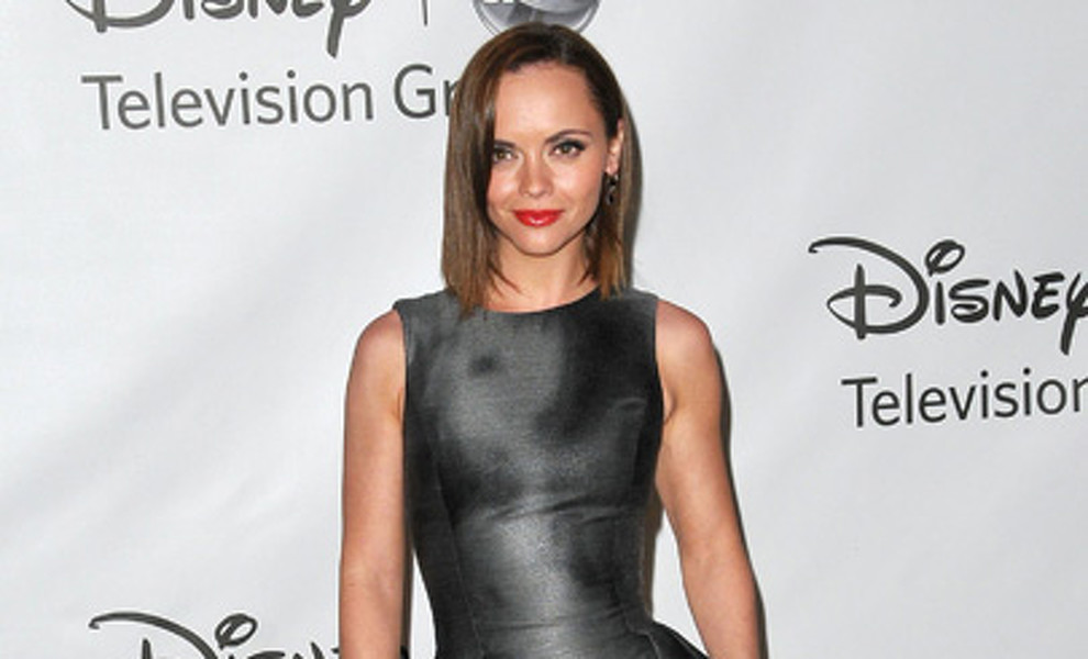 Christina Ricci apuesta por el look dominatrix