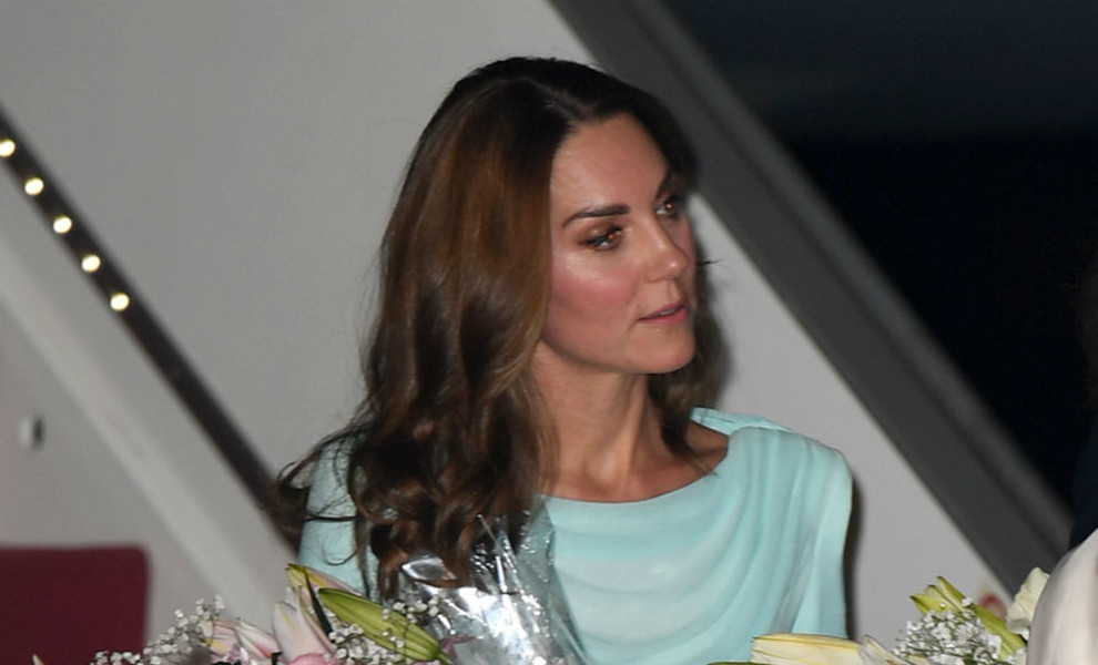 Kate Middleton versiona el tradicional Anarkali con un look turquesa ideal